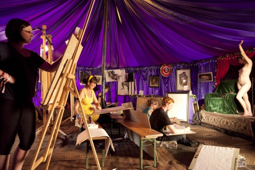Artistas Bohemios life drawing classes